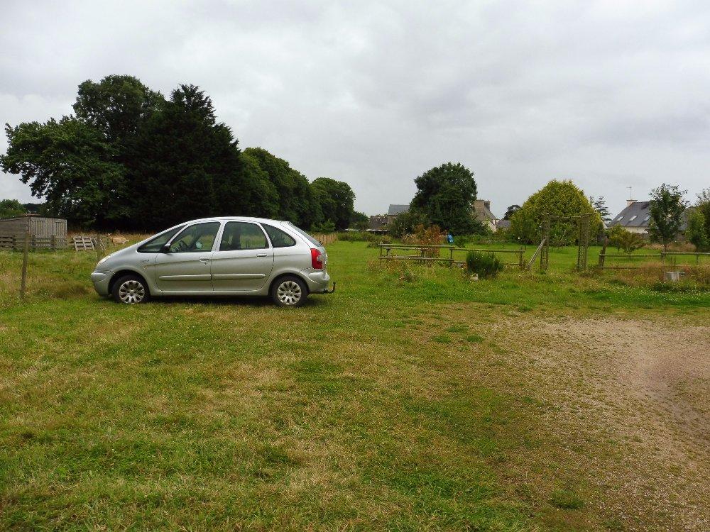 Aire camping-car à Ploumilliau (22300) - Photo 3